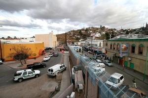 nogales arizona border crossing